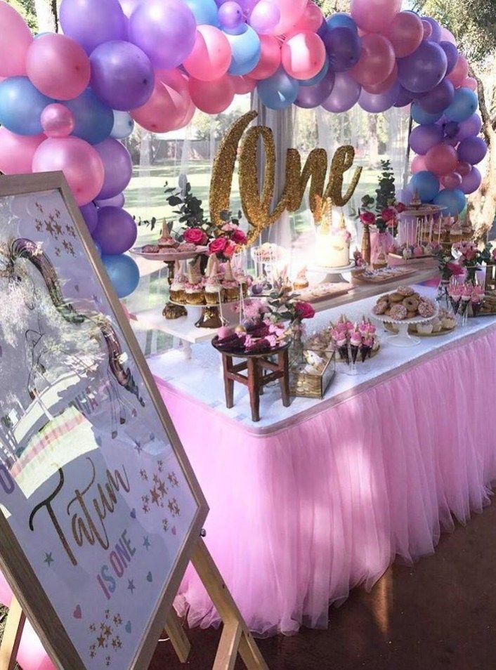 first-unicorn-birthday-party-tutu-table-skirting