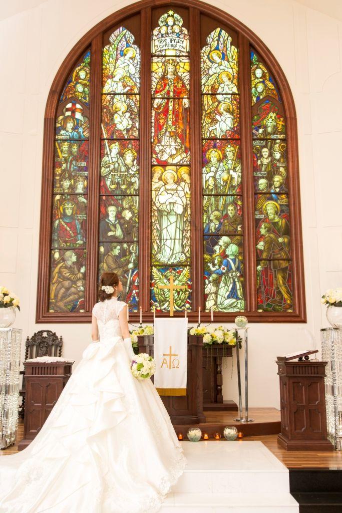 福岡県久留米市のホテルニュープラザKURUME。セントールーク教会。歴史あるステンドグラスが魅力