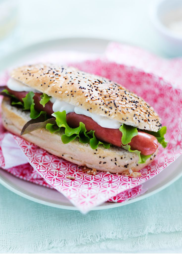 Light Chicken Hot Dog - Enjoy a lighter bite* with this quick 'n' easy recipe! *Contains at least 30% less fat and saturated fat than a classic pork frankfurter hot dog with mayonnaise