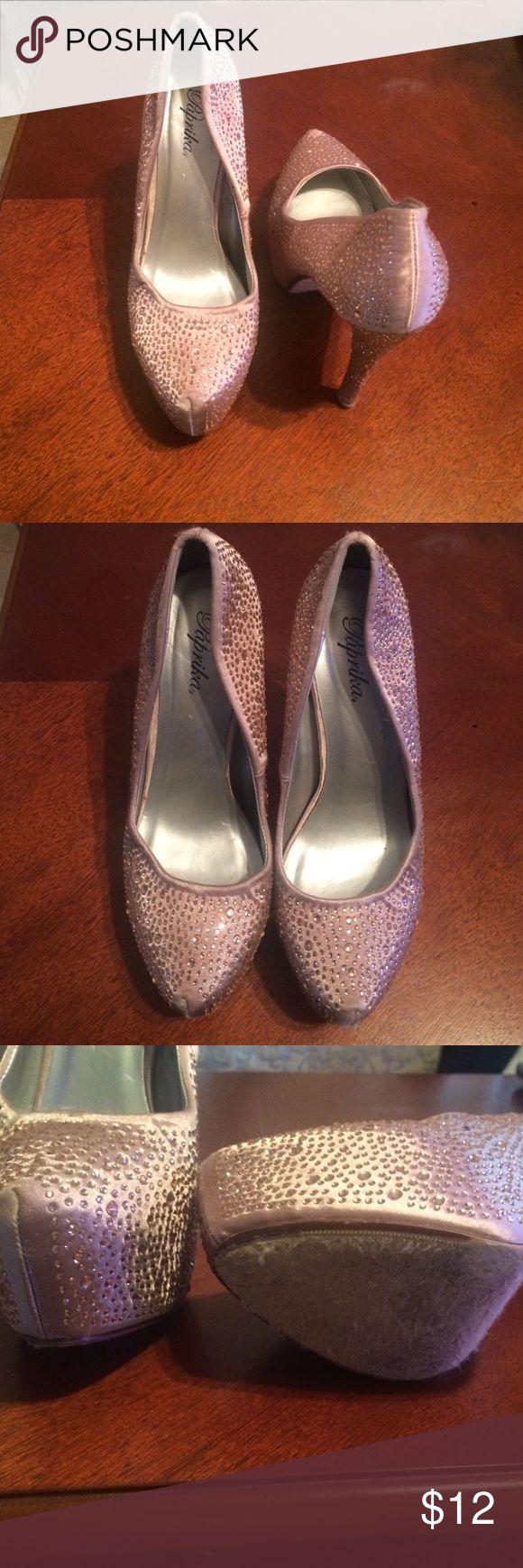 Champagne glittered platform heels 5 inch champagne colored heels with champagne gems. Shoes Platforms