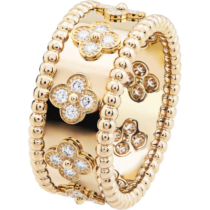 Perlée clovers ring, small model,Gold - 3 4 View - VCARO9NC00 - Van Cleef & Arpels - http://www.vancleefarpels.com/us/en.html