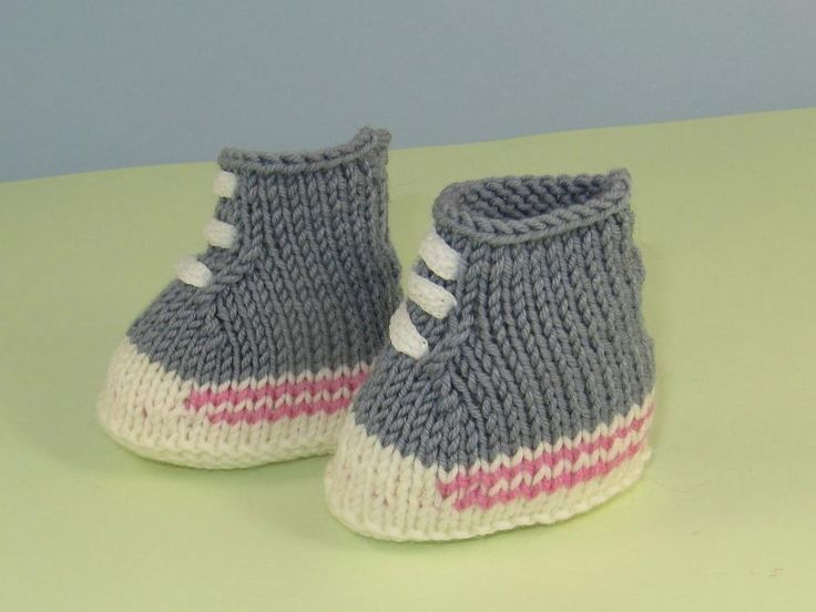 17 Best images about Baby Shoes - Converse on Pinterest Free pattern, Croch...