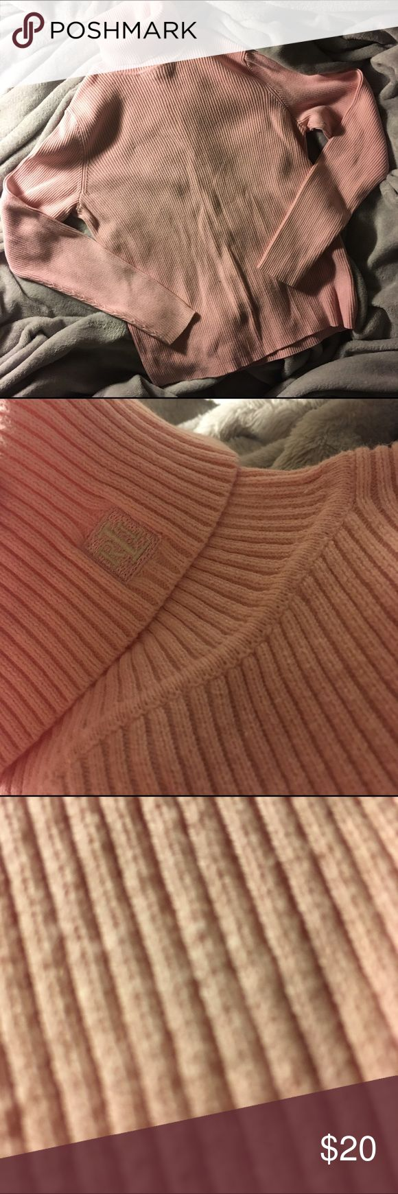 Ralph Laurent Turtleneck Sweater In good condition. Lauren Ralph Lauren Sweaters Cowl & Turtlenecks
