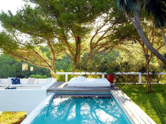 You may have plenty of ideas for the backyard of your dreams, but those infinity pools and sunken fire pits and outdoor kitchens — well, they cost money