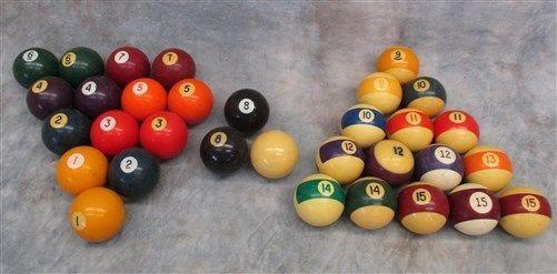 32 Billiard Pool Table Game Hall Balls 2 1/4 Inch Folk Art Sign Vintage Light a
