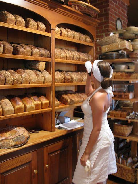 Selon moi, la meilleure boulangerie du Québec : Niemand à Kamouraska. Léger détour mais bon.