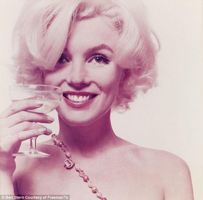5августа 1962 года известная актриса Мэрилин Монро умерла при загадочных обстоятельствах.