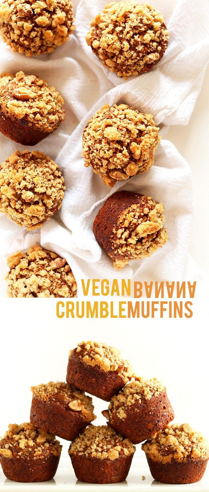 Vegan Banana Crumble Muffins! Healthy, 30 minutes, 1 bowl   minimalistbaker.com #vegan