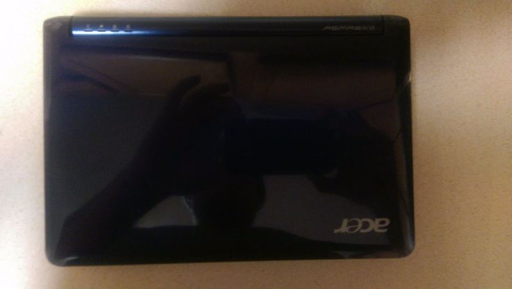 Acer Aspire One Zg5 For parts or repair