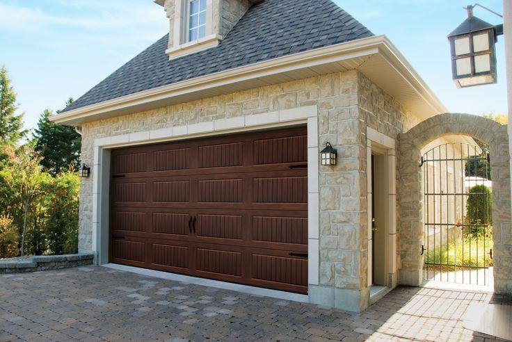Garage door model north hatley carriage style american for Porte de garage garaga