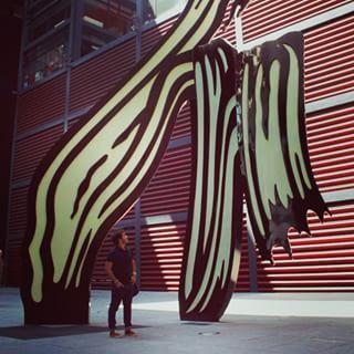 Empieza la temporada #surrealism #madrid #free #me #travel #space #museum #reinasofia #art #artgallery #architecture #vsco #vscocam #garbla