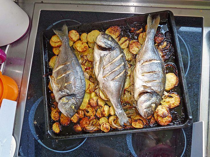 Gebackene Dorade mit scharfen Ofenkartoffeln 3
