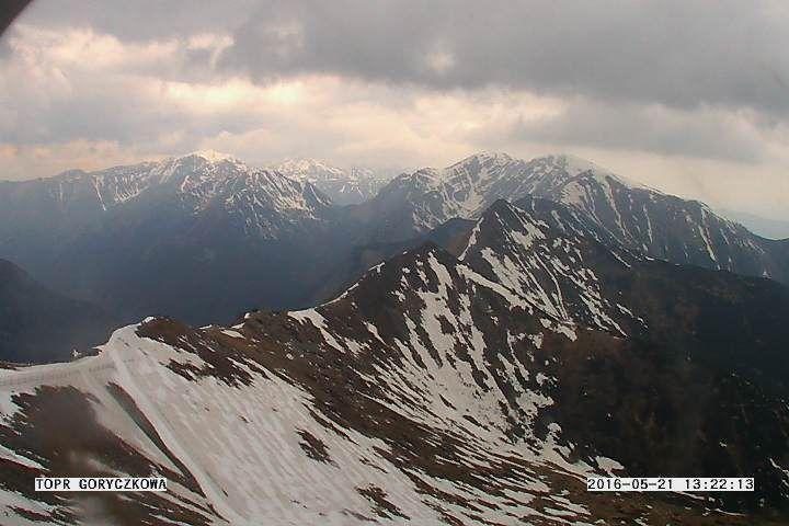 Zobacz widok on lina . Widok na żywo na góry   http://www.w-zakopane.pl/kamerygory.html