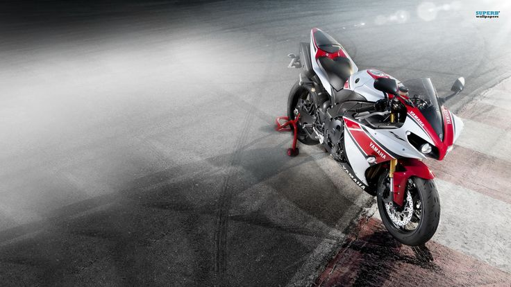 Yamaha R1 2014 HD Wallpapers