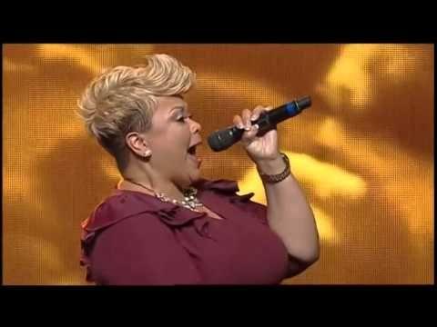 "Tamela Mann sings ""This Place"" at T.D. Jakes's Birthday Celebration - Wow Sing Tamela!"