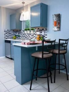 33 Ideas De Como Decorar Una Cocina Pequena Con Poco Presupuesto Modern Kitchen Breakfast Bar Kitchen Modern Countertops