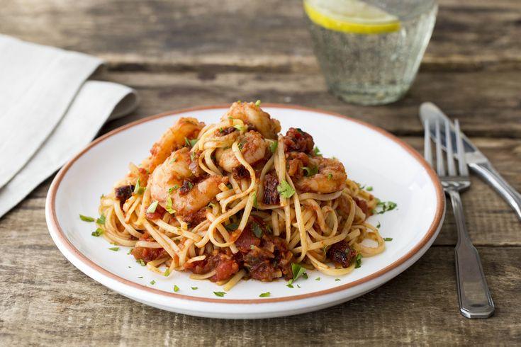 Tiger Prawn Spaghetti with Chilli and Sun Dried Tomato Recipe | HelloFresh