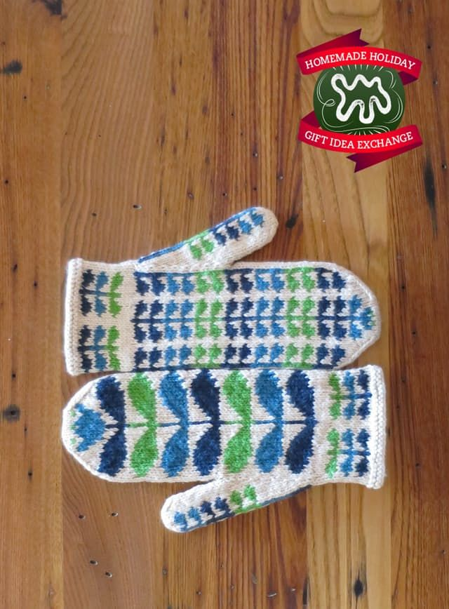 Homemade Holiday Gift Idea!: Knit These Patterned Mittens — 2014 HOMEMADE HOLIDAY GIFT IDEA EXCHANGE: PROJECT #5 | Apartment Therapy