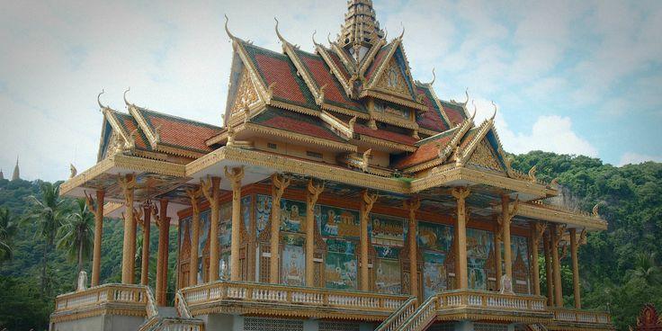 Battambang: a history lesson and bamboo train - Coddiwompling