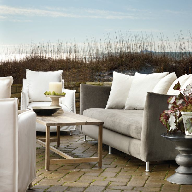 Lee Industries Oleander Sofa with Canopy Furniture