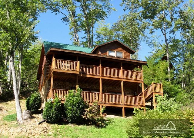 17 best images about cabins we have stayed in on pinterest for Jackson cabins gatlinburg tenn