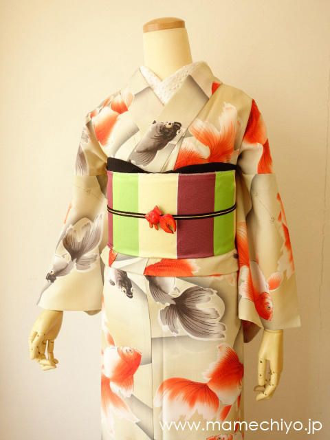 金魚浴衣:豆千代 Japanese kimono