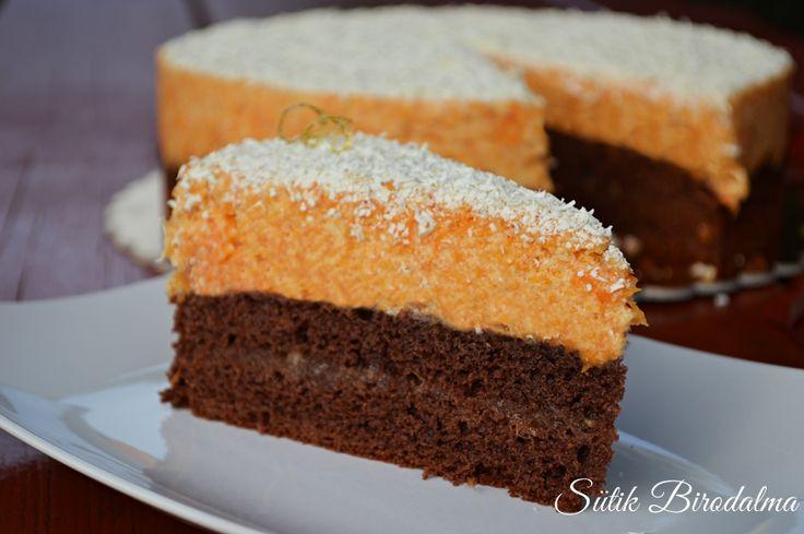 Ezt a tortát már másodjára készítettem el, azonban nem hasonlítanak kicsit sem, ugyanis az elsőnek az alja keksz volt, ami nekem annyir...