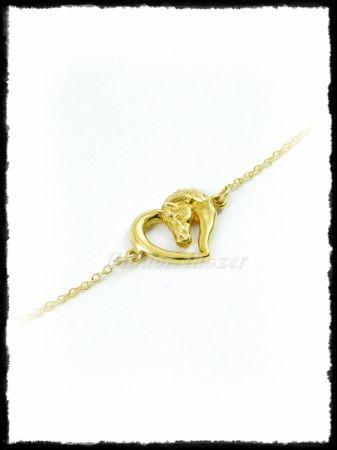Arany szíves karkötő