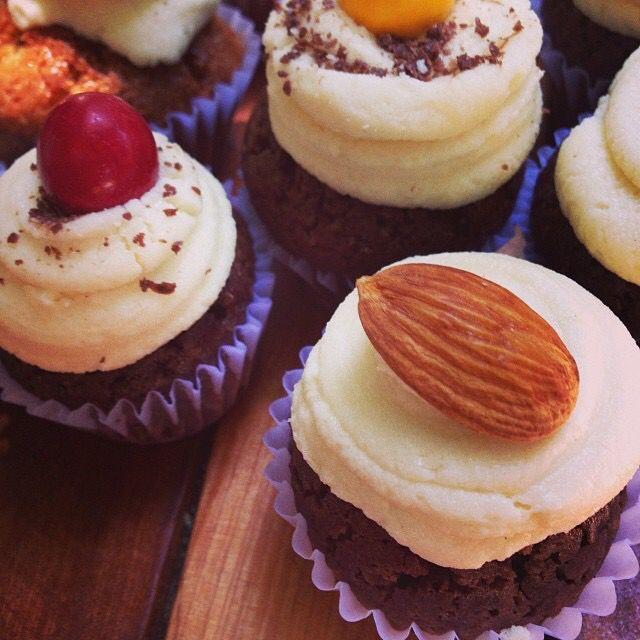 Mini yummy cupcakes