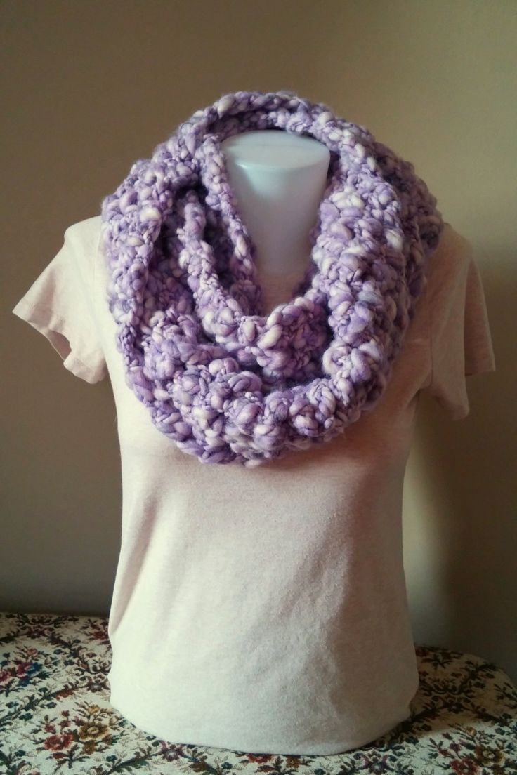 Crochet Patterns With Fine Yarn : Free Crochet Infinity Scarf Pattern with Buttercream Thick & Thin Yarn