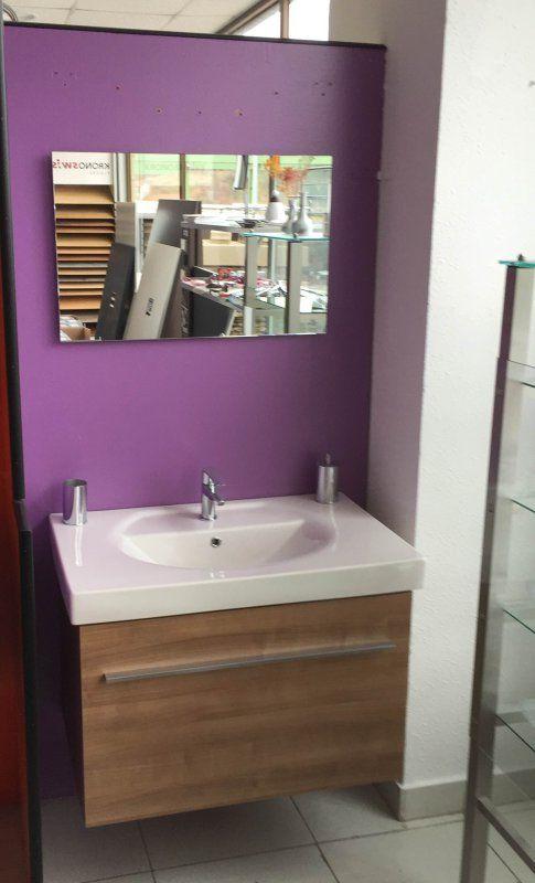 Oferta - Mueble de baño  Conjunto de mueble, lavabo y espejo   Precio:  864 €    Precio oferta:  375 €!!!     Materiales de Construcción Aiala (Amurrio)