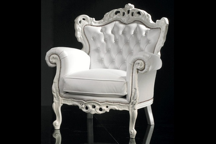 baroque style reproduction chair