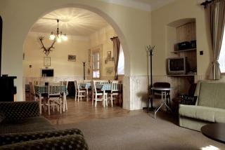 Mátrai túristaházban Parádsasvár külterületén komfortos szobák dézsafürdő, szauna használattal