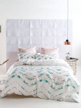 Emi Duvet Cover Set