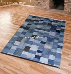 Squares pattern in jeans carpet