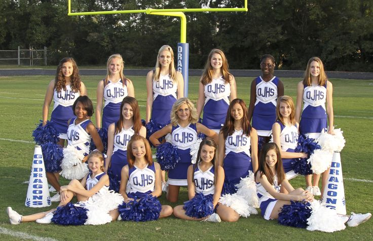 Love the layout. Cheer group pic