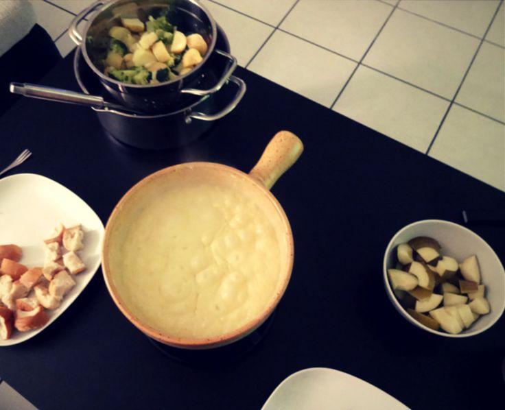 Low Carb Fondue & Raclette