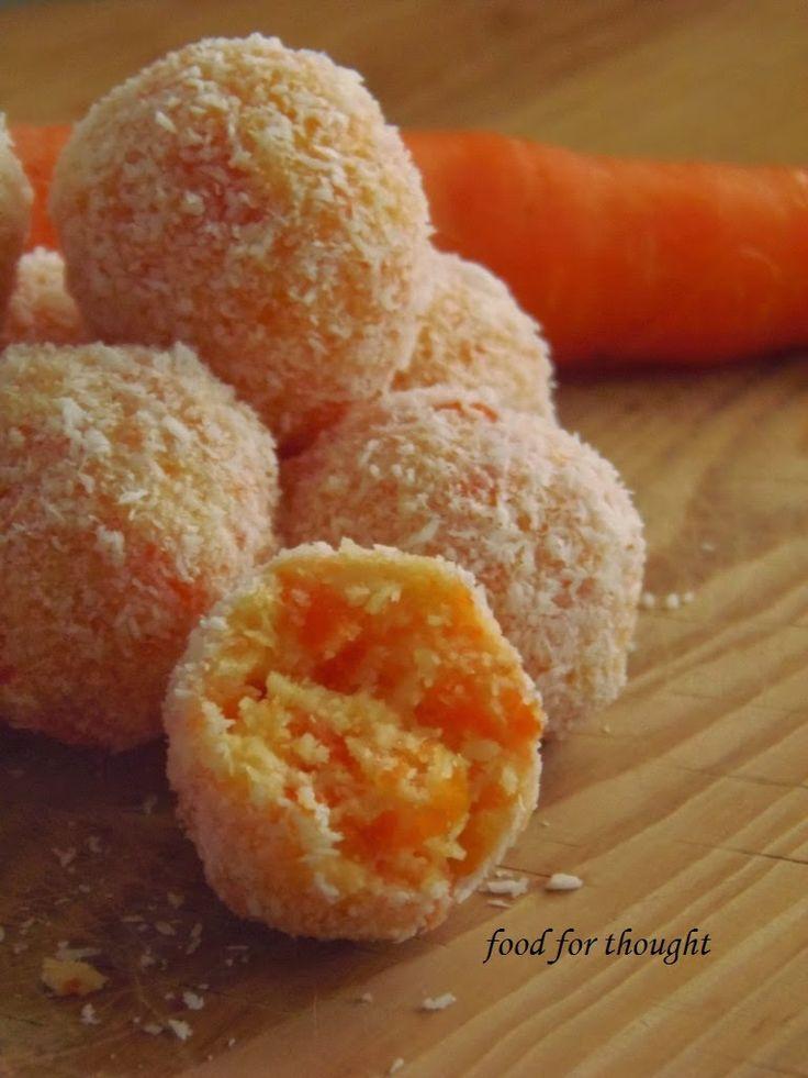 : Τρουφάκια καρότο - καρύδα