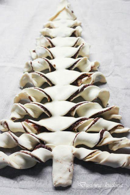 Pastry-Tree, Blätterteig Tanne; ciasto choinka, ciasto z makiem, ciasto francuskie z makiem, makowa choinka, choinka z ciasta francuskiego