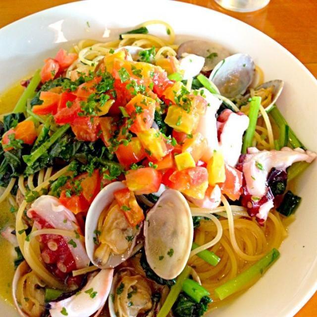 looks so yummy - 104件のもぐもぐ - Spaghetti alle vongole☆              あさりとタコのオリーブオイルソースパスタ☆ by Minia♥️