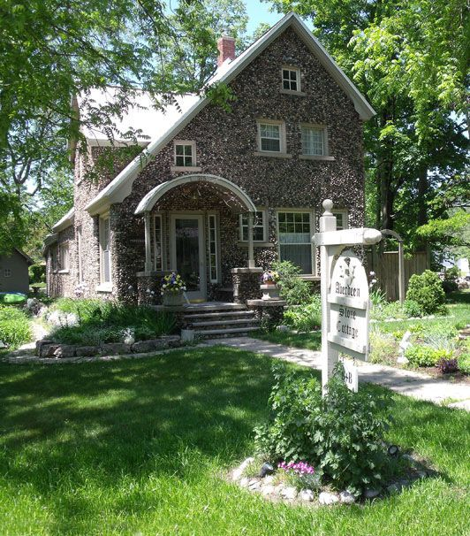 63 best stone houses images on pinterest stone houses for Cottage builders in michigan