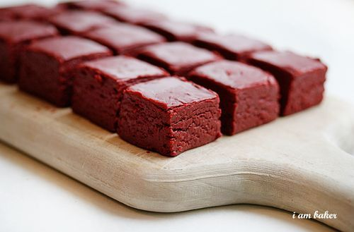 2 recipes for red velvet fudge.      http://iammommy.typepad.com/i_am_baker/2010/12/red-velvet-fudge.html