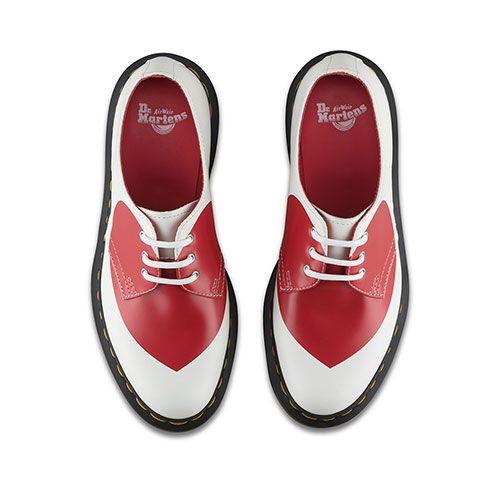 ドクターマーチンよりバレンタイン限定シューズ&バッグ - レッド×ホワイトのハートモチーフ | ニュース - ファッションプレス