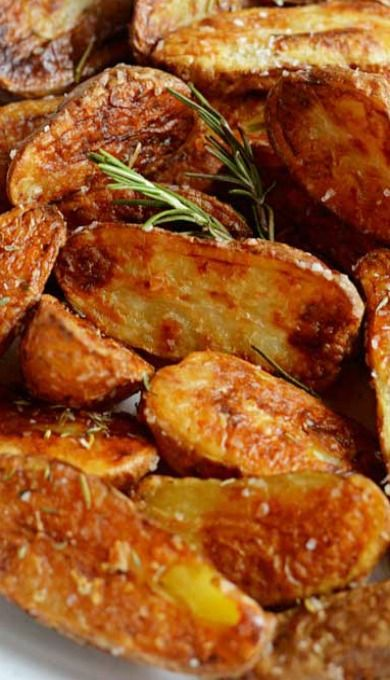Crispy Sea Salt and Vinegar Roasted Potatoes