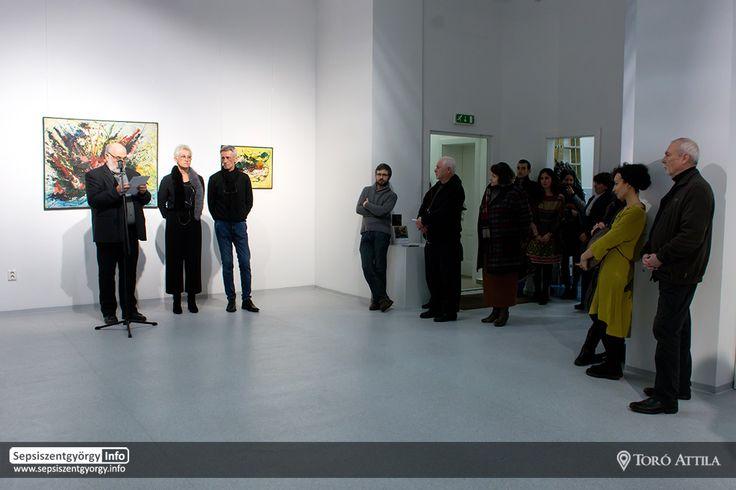 Albert László festőművész kiállítása az Erdélyi Művészeti Központban