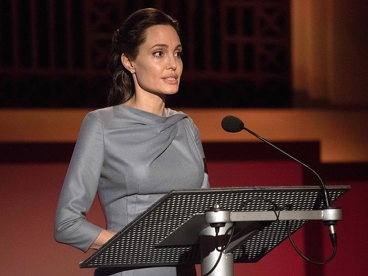 "{    ANGELINA JOLIE PITT WILL NOT BE TEACHING AT GEORGETOWN UNIVERSITY    }  #PeopleMagazine .... ""Sorry, Georgetown University students – you will not be reporting to Professor Angelina Jolie Pitt this fall."".... http://www.people.com/article/angelina-jolie-georgetown-university?xid=rss-topheadlines"