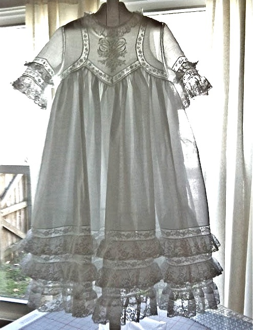 Stunning version of Judith Dobson's tea dress pattern made by Connie Palmer