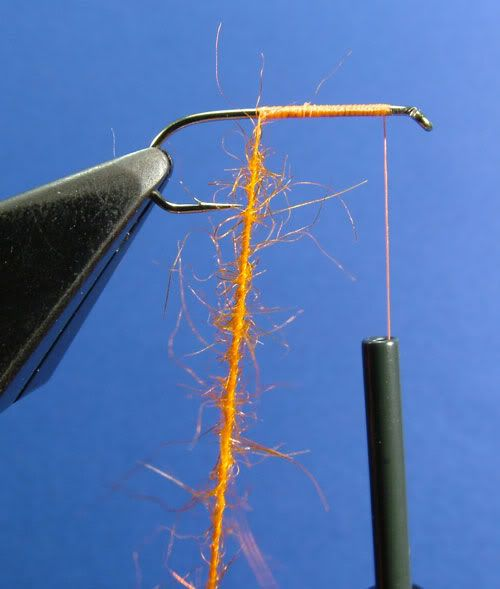 Fly Tying: A Complete Dubbing Techniques Tutorial  by Marc Fauvet