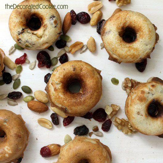 Flashback Friday: Doughnut recipes for the Babycakes Donut Maker, including healthy, maple, trail mix doughnuts.