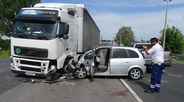 Halálos baleset Kecskemét határában, az 52-es úton